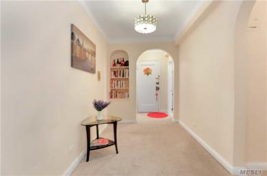 69-09 108th #609, Forest Hills, NY 11375