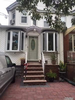 Photo of 90-12 Polo Pl, Forest Hills, NY 11375