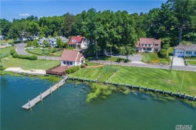 Photo of 194 East Shore Rd, Huntington Bay, NY 11743