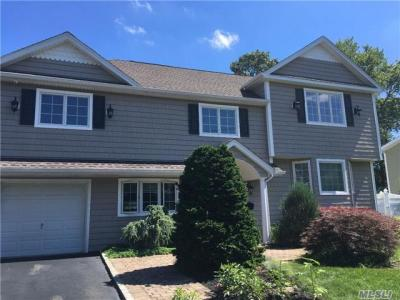 Photo of 13 Andover Dr, Deer Park, NY 11729