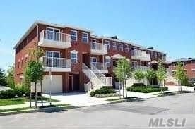 3-08 Weatherly Pl #2fl, College Point, NY 11356