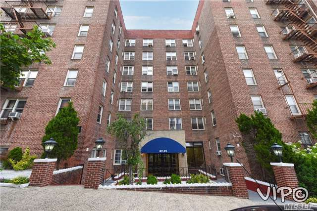 67-25 Dartmouth St #4d, Forest Hills, NY 11375