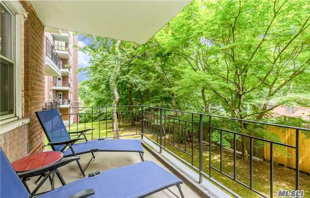 3050 Fairfield Ave #3j, Out Of Area Town, NY 10463
