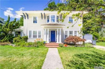 Photo of 58 Rose Ave, Patchogue, NY 11772