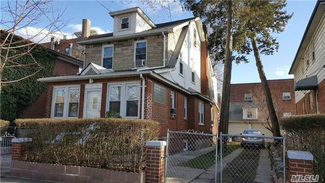 162-06 78th Rd, Flushing, NY 11366