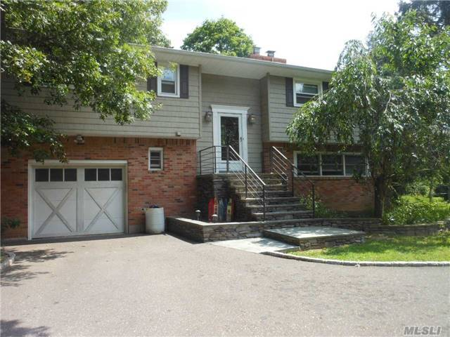 19 N Durkee Ln, E Patchogue, NY 11772