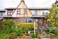 67-97 Clyde St, Forest Hills, NY 11375
