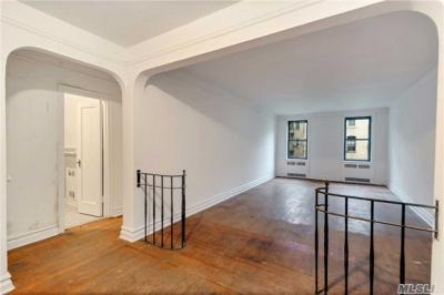 Photo of 35-45 79th St #3a, Jackson Heights, NY 11372