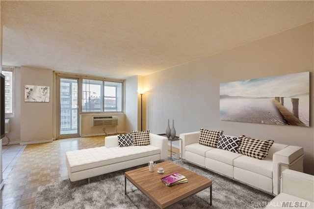 118-17 Union Turnpike #8h, Forest Hills, NY 11375