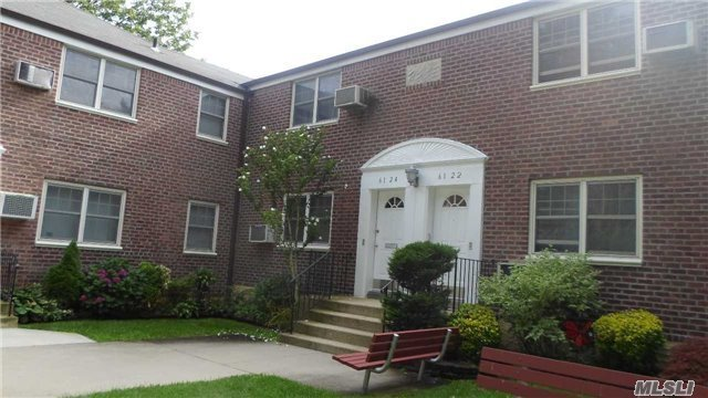 61-24 255th St #Lower, Little Neck, NY 11362