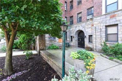 77-20 Austin St #5f, Forest Hills, NY 11375
