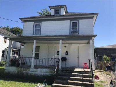 Photo of 18 Norton St, Patchogue, NY 11772