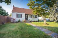 2759 Janet Ave, N Bellmore, NY 11710