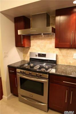 Photo of 71-24 162nd St #3, Fresh Meadows, NY 11365
