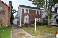 81-23 189th St, Jamaica Estates, NY 11432