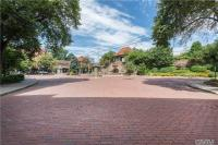 10 Station Sq #R25, Forest Hills, NY 11375