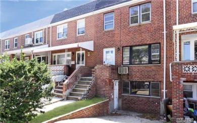 60-08 77th St, Middle Village, NY 11379