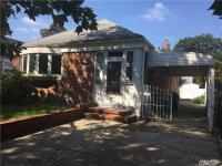 53-08 W Clearview Expy, Oakland Gardens, NY 11364