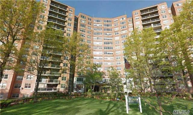 61-20 Grand Central Pky #B507, Forest Hills, NY 11375