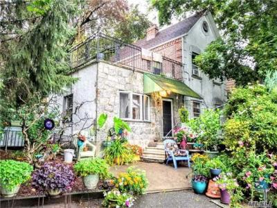 Photo of 11-17 123rd St, College Point, NY 11356