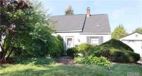 12 Lily Ln, Levittown, NY 11756