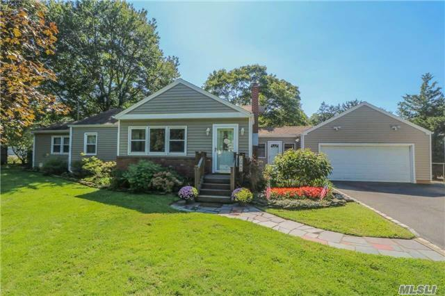 206 Waverly Ave, Medford, NY 11763
