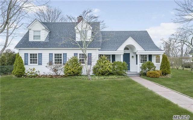 587 Montauk Hwy, East Moriches, NY 11940