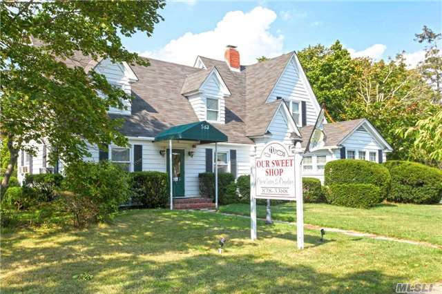 583 Montauk Highway, East Moriches, NY 11940