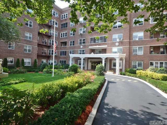 67-66 108 St #56, Forest Hills, NY 11375