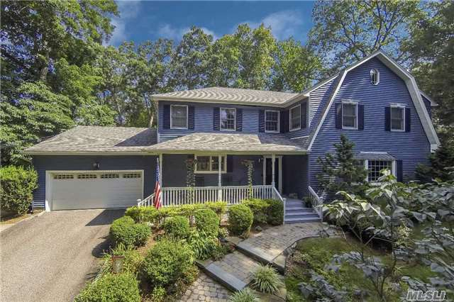 93 Woodchuck Hollow Rd, Cold Spring Hrbr, NY 11724