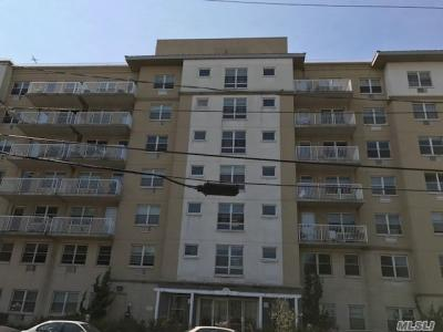 Photo of 221 Beach 80th St #6d, Arverne, NY 11692