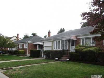 Photo of 98 Rita Dr, East Meadow, NY 11554