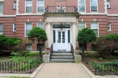 Photo of 3549 76 St #42, Jackson Heights, NY 11372
