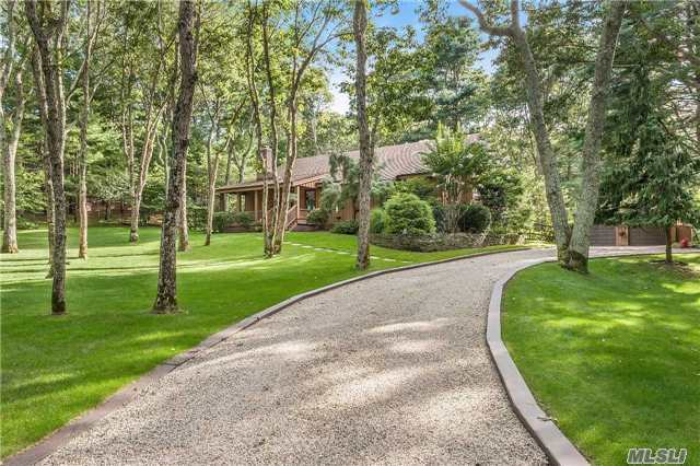 485 Hands Creek Rd, East Hampton, NY 11937