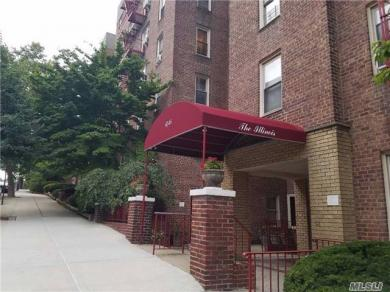 67-25 Clyde St #5l, Forest Hills, NY 11375