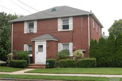 76 Emerson Ave, Floral Park, NY 11001