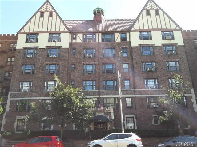 109-14 Ascan Avenue #5h, Forest Hills, NY 11375