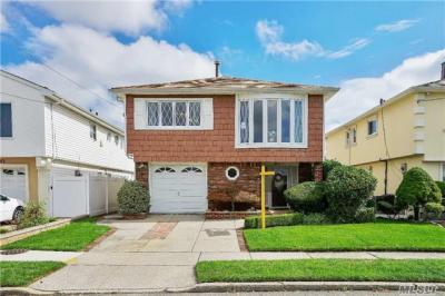 Photo of 163-27 83rd St, Howard Beach, NY 11414