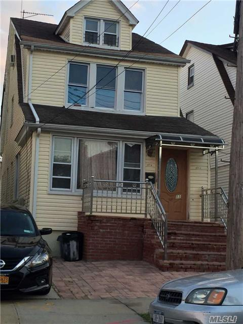 137-11 249th St, Rosedale, NY 11422