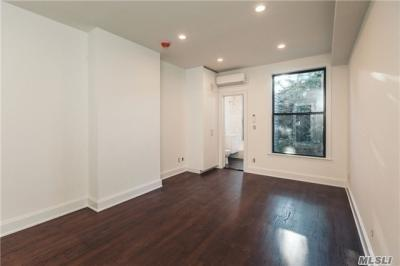 Photo of 167 Russell St #1r, Brooklyn, NY 11222