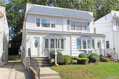 Photo of 42-27 249th St, Little Neck, NY 11362