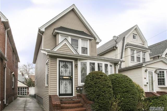 71-11 Manse St, Forest Hills, NY 11375