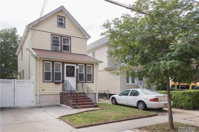 222-16 92nd Ave, Queens Village, NY 11428