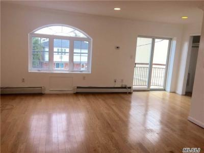 Photo of 78-09 69th Rd #3, Middle Village, NY 11379