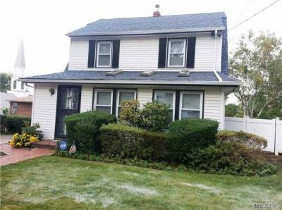 Photo of 45-71 Browvale Ln, Little Neck, NY 11362