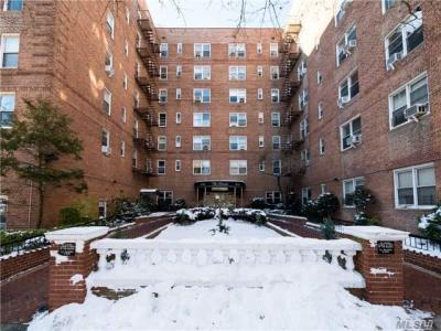 Photo of 67-12 Yellowstone Blvd #G16, Forest Hills, NY 11375