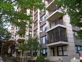 9851 64th Ave #4c, Rego Park, NY 11374