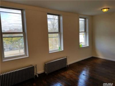 Photo of 70-12 Central Ave, Glendale, NY 11385