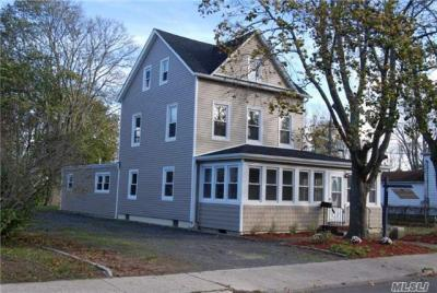 Photo of 473 S Ocean Ave, Patchogue, NY 11772