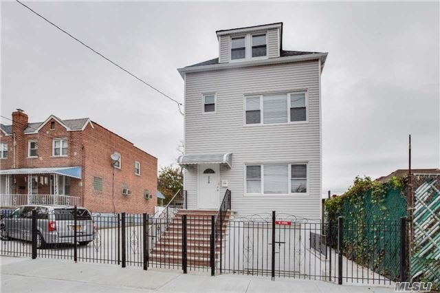 2710 Lurting, Out Of Area Town, NY 10469